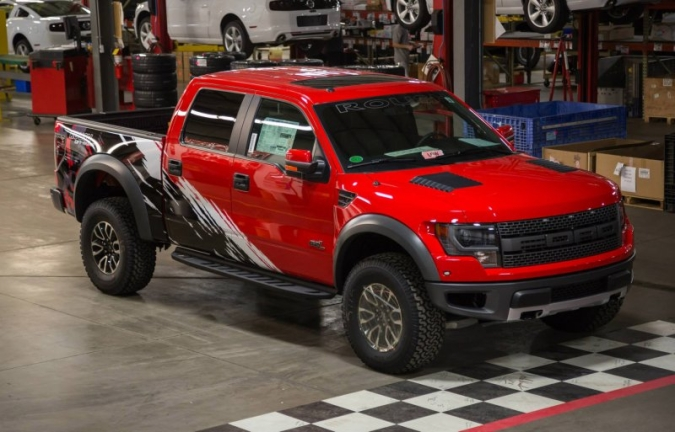 1390052620_2014-roush-off-road-ford-f-150-svt-raptor-01