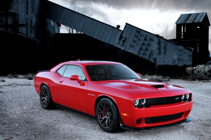 dodge-challenger-srt-5